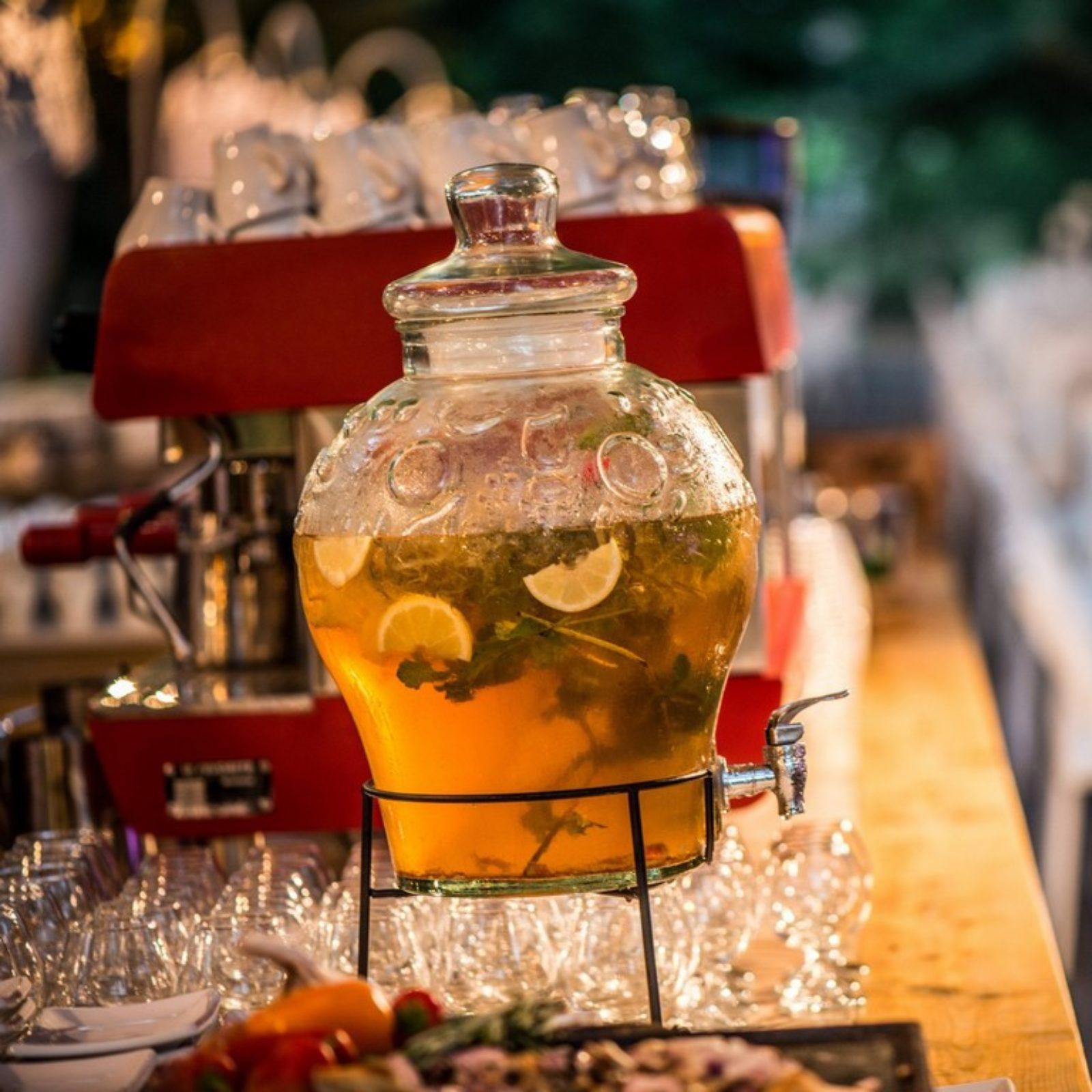 "Ice tea מרענן לקיץ בגן ארועים ""הנחלה"""