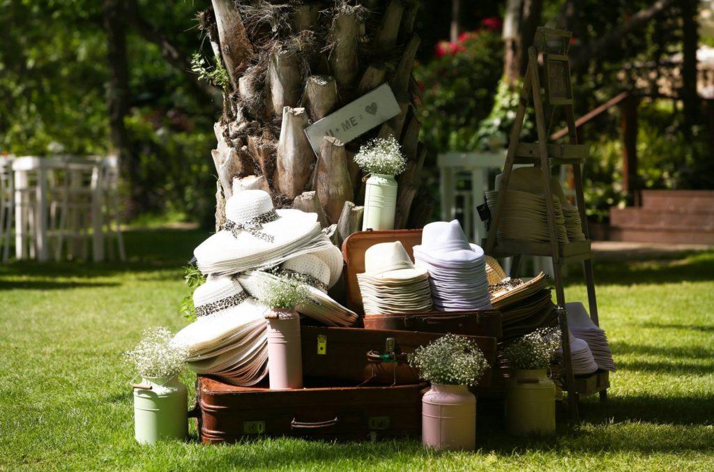 רעיונות לחתונה | כובעים